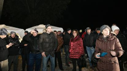 Montichiari Barricate Contro I 130 Profughi In Arrivo
