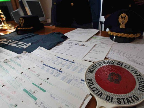 Documenti contraffatti per il permesso di soggiorno, preso 45enne ...